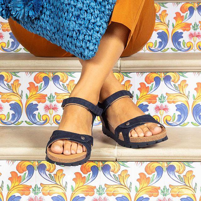 Sandalia de piel marino con forro de piel