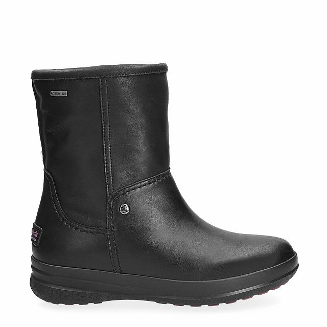 Leather boot in black with Gore-Tex inner lining