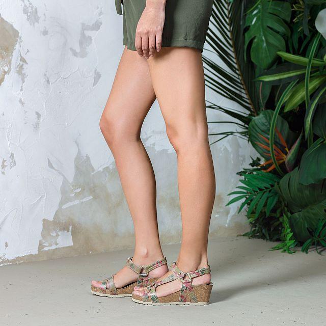 Violetta Tropical